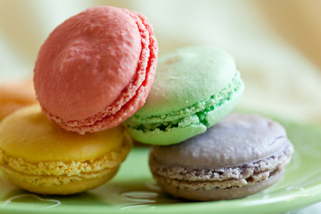 """French Macarons. Image by <a href=""""https://flic.kr/p/6JYcC9"""" target=""""_blank""""> Alicia Griffin/flickr</a>"""