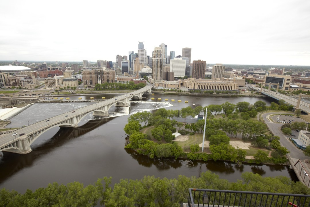 Mississippi River/Minneapolis Image by Todd Buchanan/Greenspring Media
