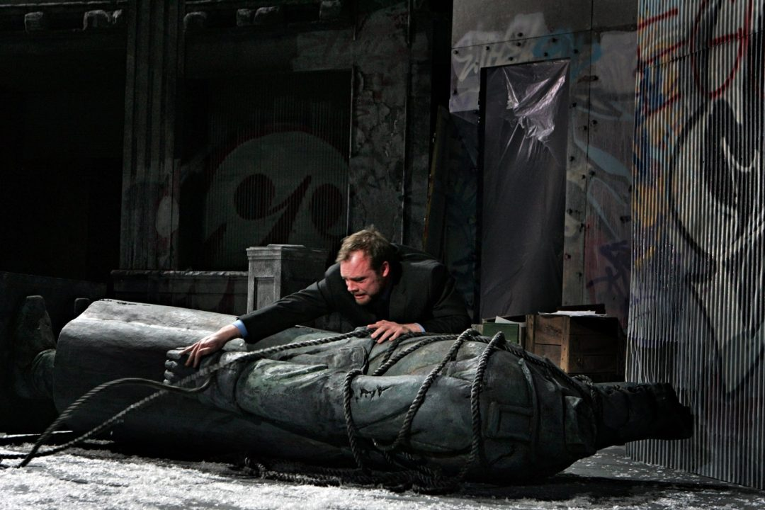 "Hamlet. Image by Michal Daniel. Courtesy of <a href=""http://www.mnopera.org/"" target=""_blank"">Minnesota Opera</a>"