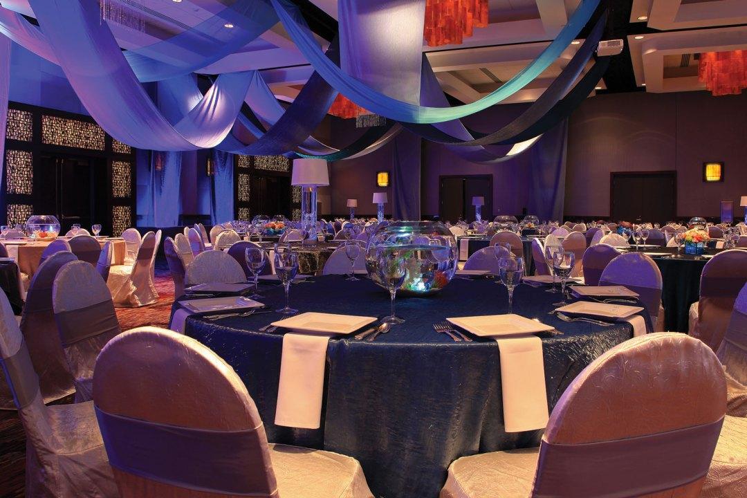 "Mystic Lake Ballroom. Image by <a href=""http://www.mysticlake.com/"" target=""_blank"">Mystic Lake</a>"