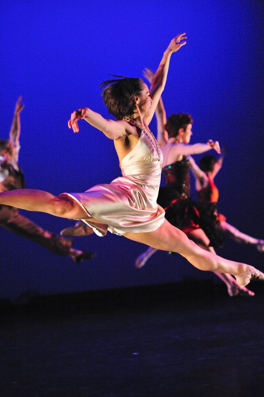 "Elegant Echoes. Image by Timothy Boatman. Courtesy of <a href=""http://www.zenondance.org/"" target=""_blank"">Zenon Dance Company</a>"
