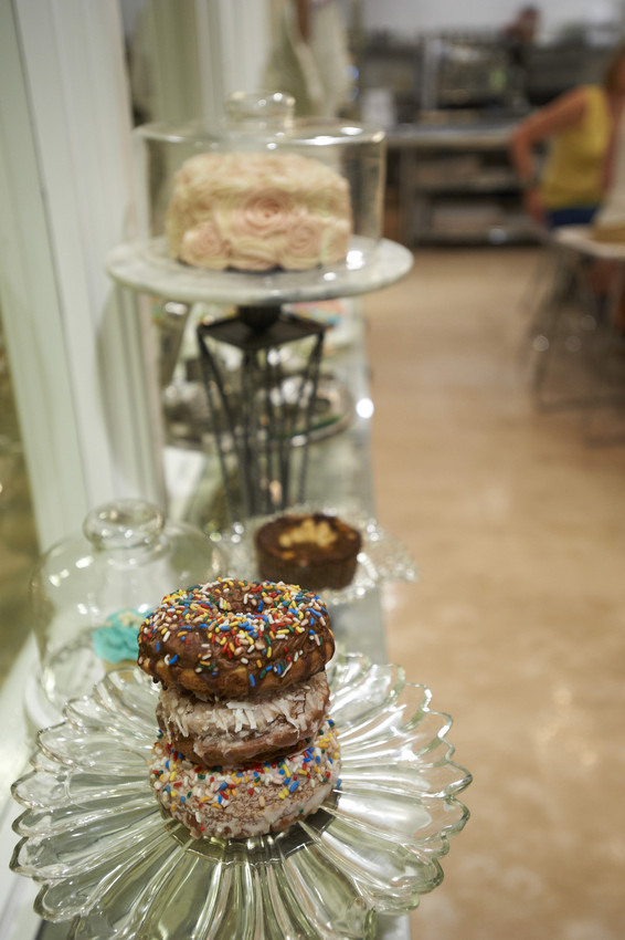 Angel Food Bakery Display Window. Image by Jeremy Nelson/Greenspring Media