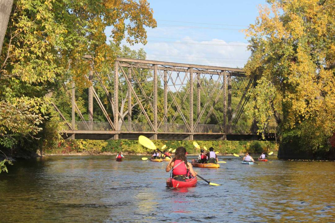 Kayaking on the Mississippi River. Seven Wonders of the Twin Cities.