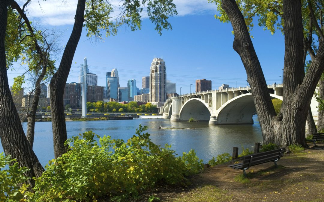 Twin Cities Thrifty Traveler-Spring Edition