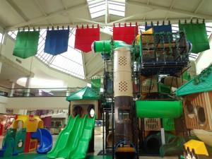 Nuevo Vallarta / Flamingos: Playground Inside Paradise Plaza Mall