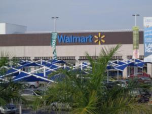 Nuevo Vallarta / Flamingos: Walmart in Nuevo Vallarta Mexico