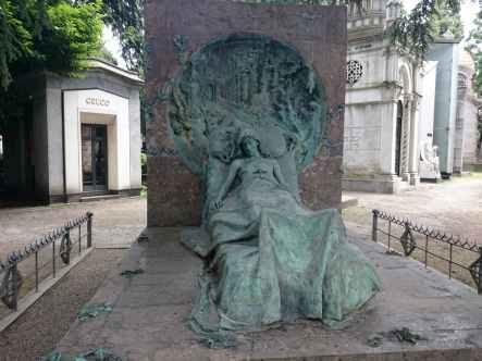 El sueño de la muerte - Tumba Isabella Casati -l Monumental de Milan - visitas guiadas