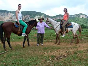 excursion-caballo-vinales-cuba-3