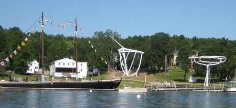 800px-Maine_Maritime_Museum_waterfront