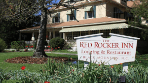 Red Rocker Inn