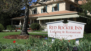 Red Rocker Inn