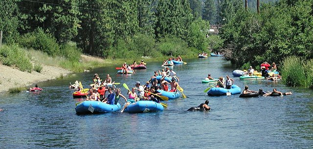 Truckee-River-float