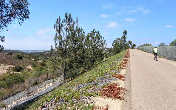 Best San Diego Cycling Routes - SR56-bike-trail