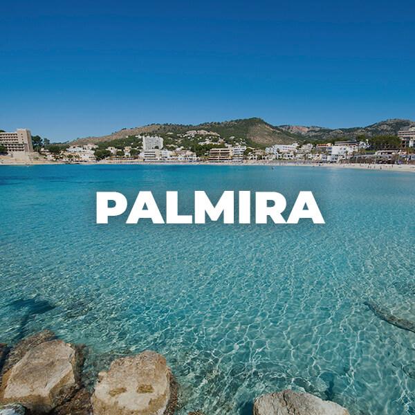palmira beach in Peguera Mallorca. Playa espectacular de arena fina en Mallorca