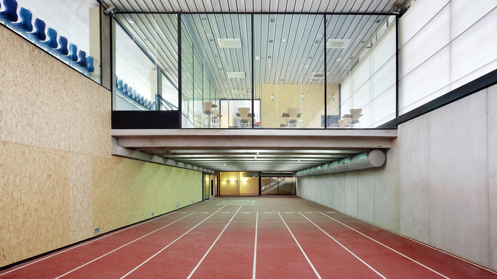 Entrena atletismo en Mallorca , Athletics track in Mallorca