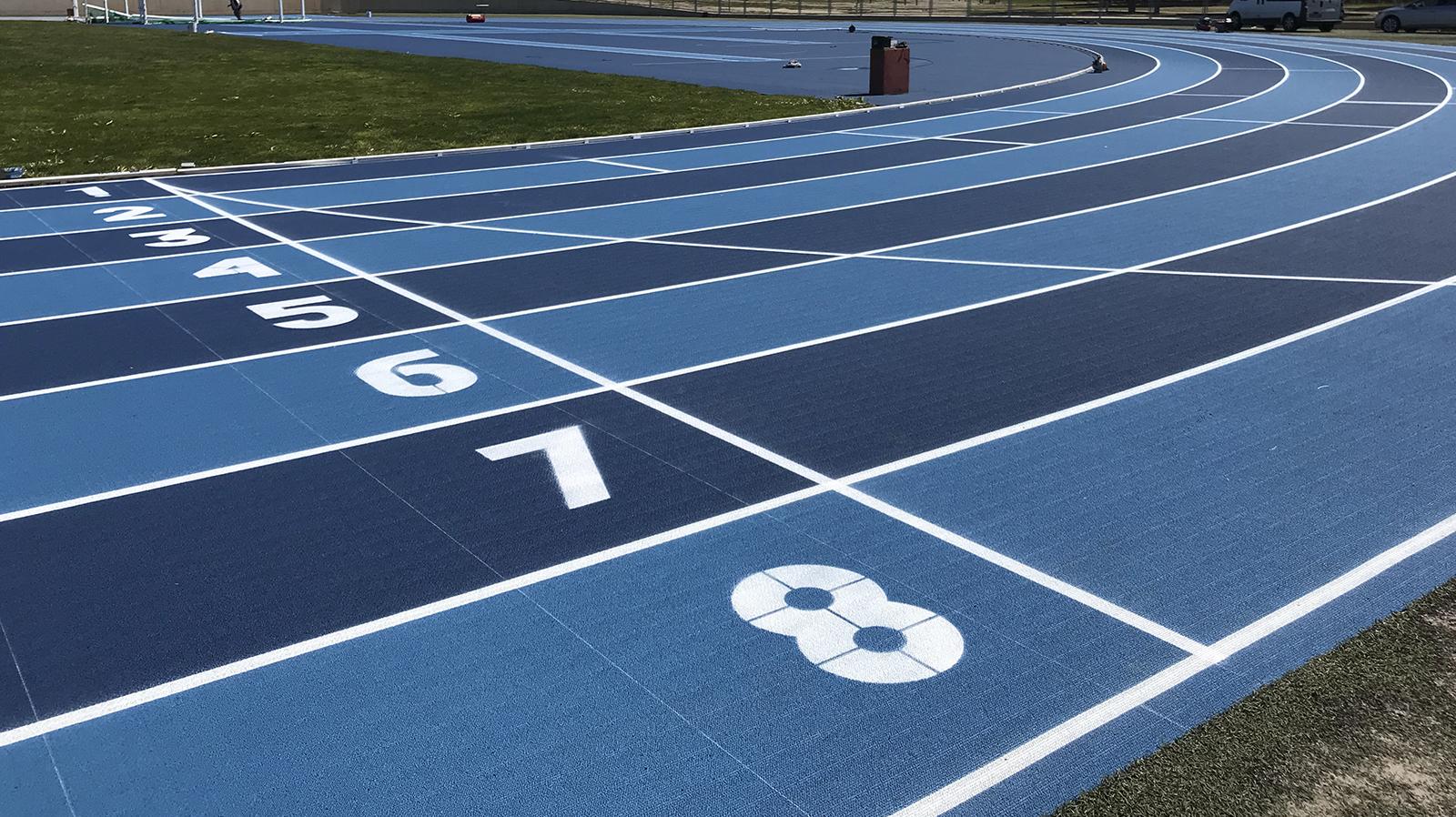 Pista de atletismo de magaluf. pista d'atletisme de magaluf. athletics track magaluf. Entrena atletismo en Mallorca , Athletics track in Mallorca