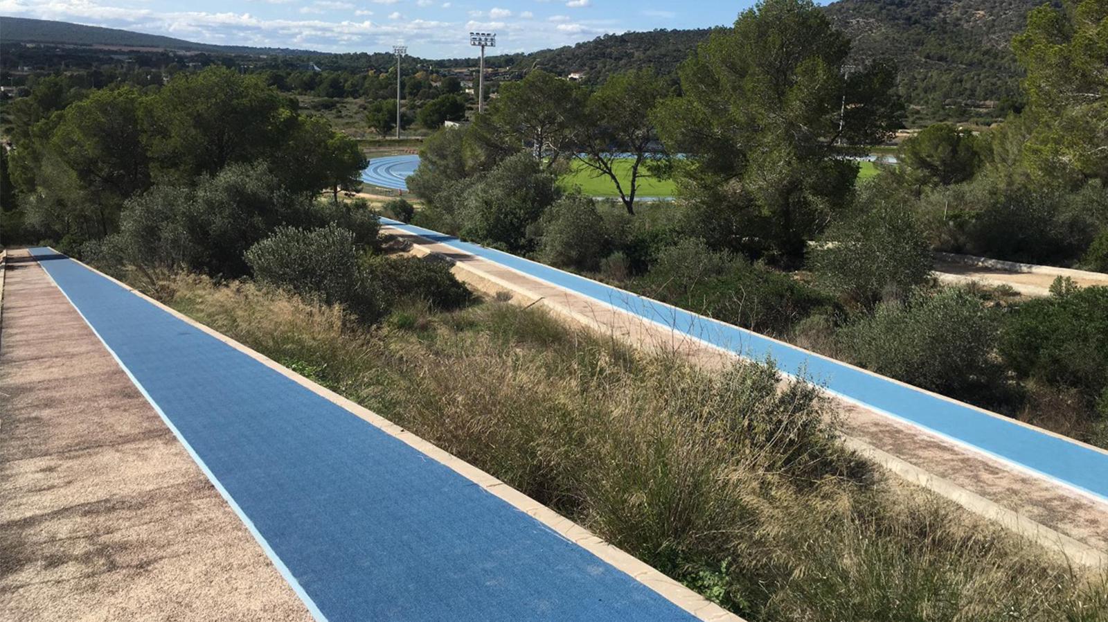 zona de cuestas en el circuito de cross, cross course athletics track magaluf , Entrena atletismo en Mallorca , Athletics track in Mallorca