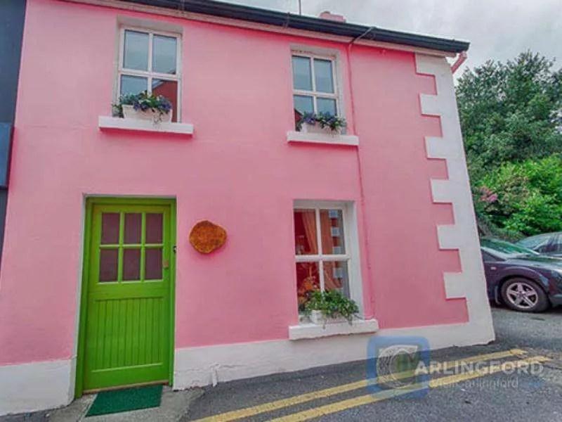 Courtyard-Cottage-0
