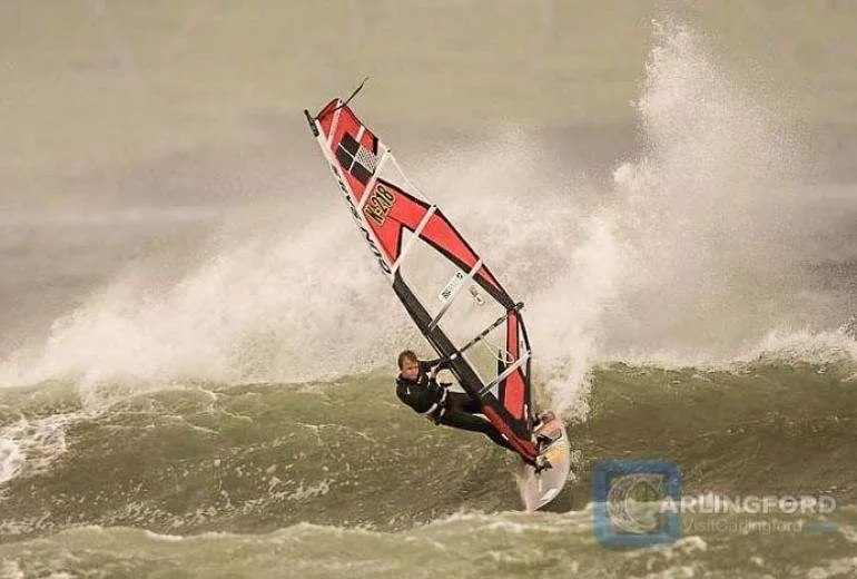 Wind-Surfing-3
