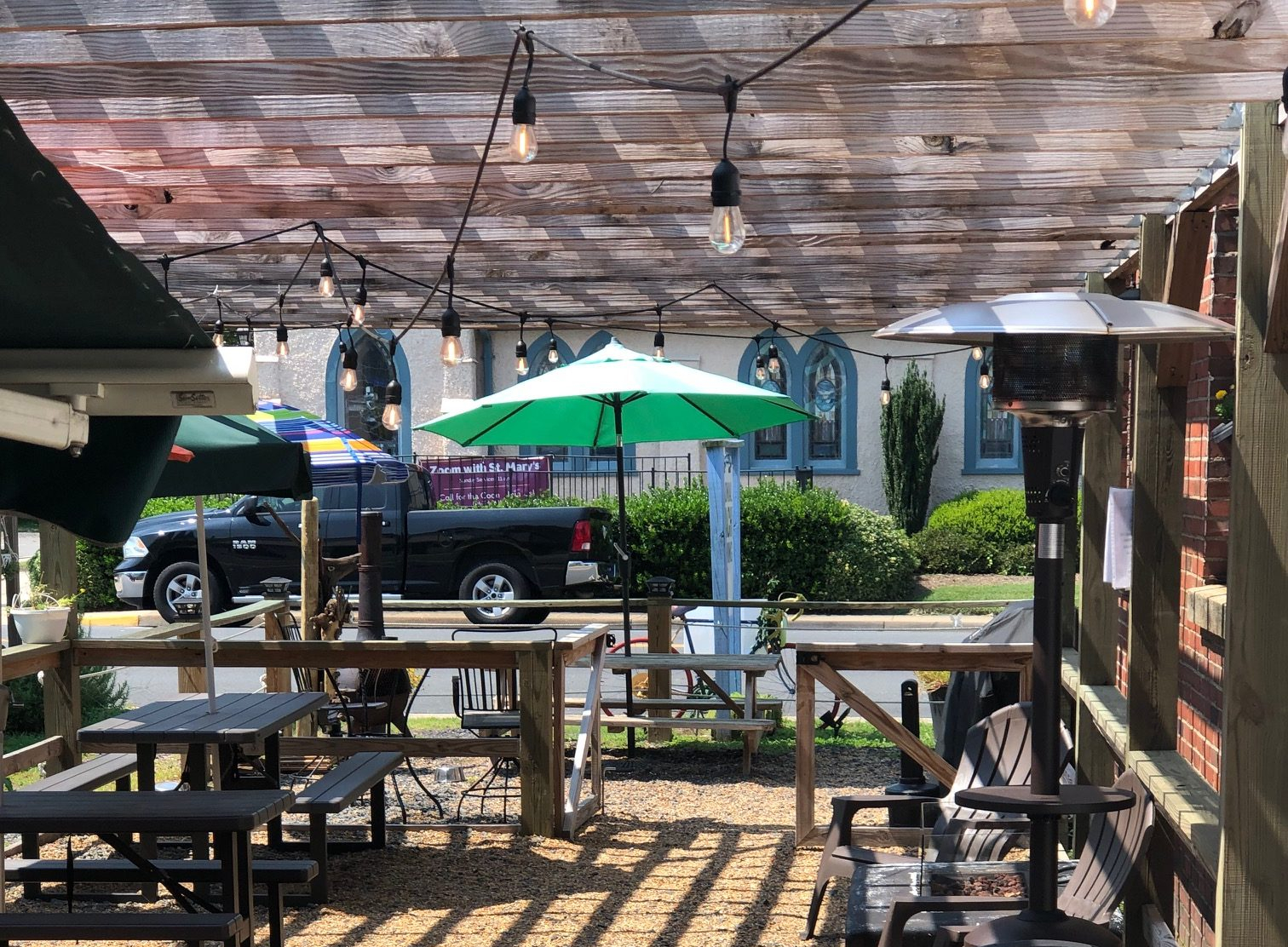 colonial beach virginia beer garden