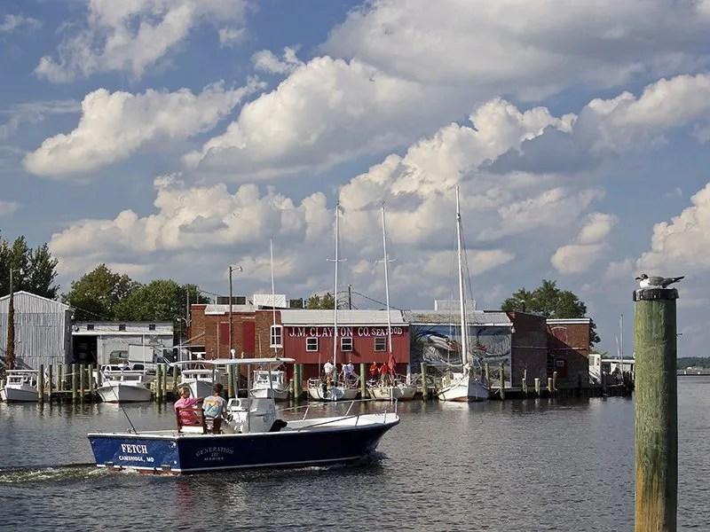 Cambridge waterfront and boat, photo by Jill Jasuta