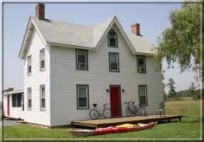 Fox Creek Lodge & Adventures