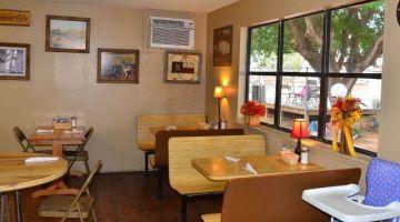 Roadrunner Cafe & BBQ