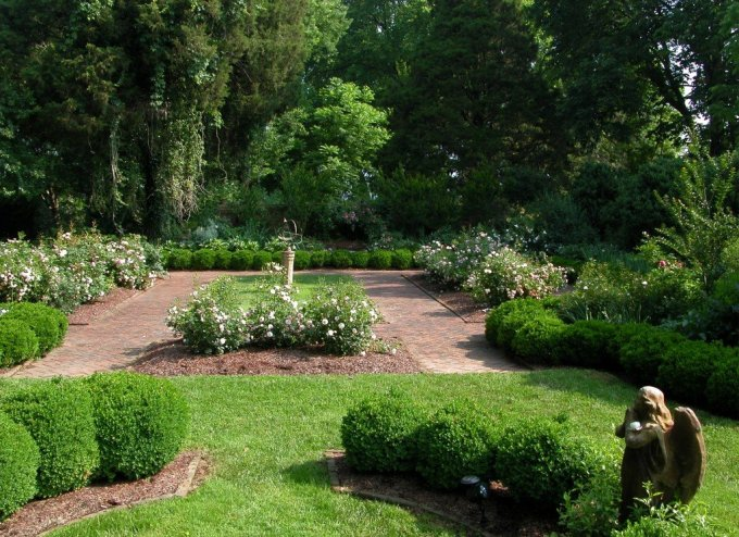 memorial-garden-roses-edited