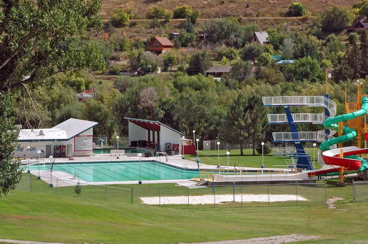 Lava Hot Springs Olympic Swimming Complex & Indoor Aquatic