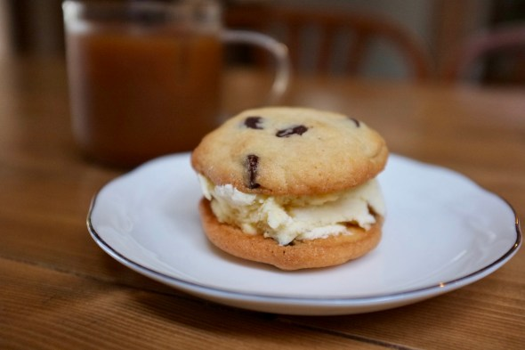 American-style chocolate chip cookie ice cream sandwich. Yes please!