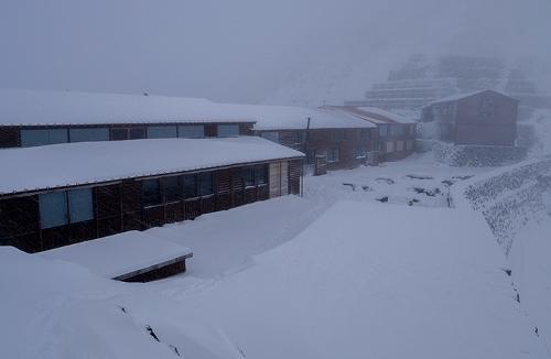 등산 시즌 끝. 북알프스 산장 폐쇄준비중.