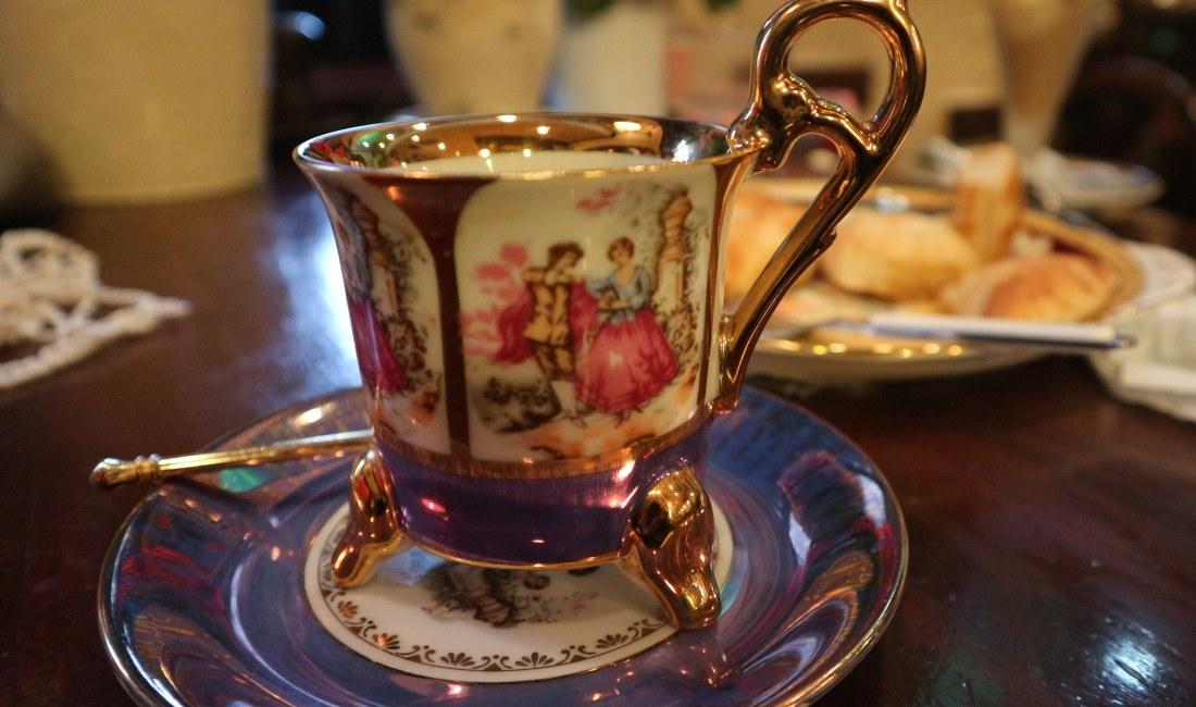 昭和な純喫茶の薫り高い「珈琲美学 アベ」
