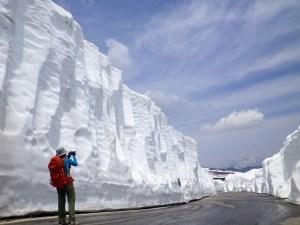 乗鞍岳春バス「雪の回廊」