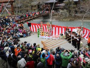 アルプホルンで開幕「第50回開山祭」上高地に春!