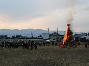 北アルプスが見守る!三九郎で子供たちと家族が楽しむ(神田)