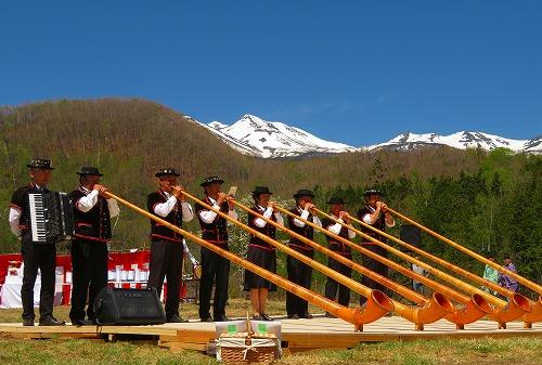 乗鞍高原の開山祭「すもも祭り」が開催されました!