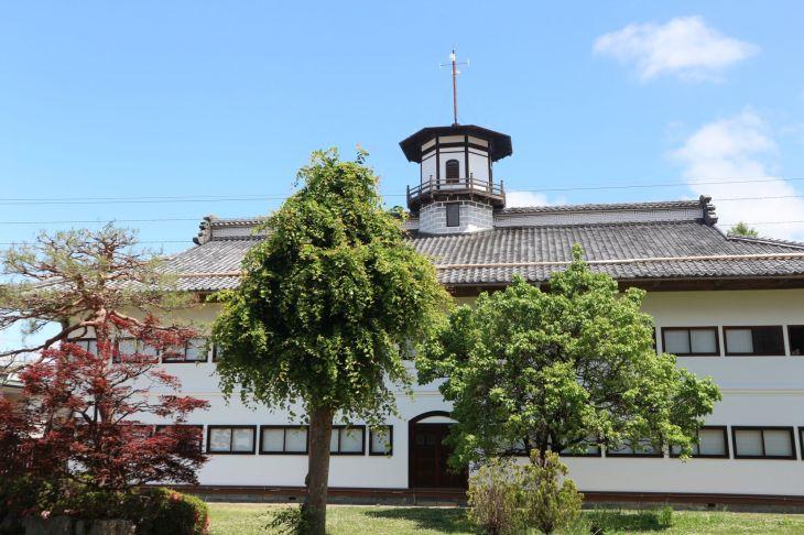 旧山辺学校校舎