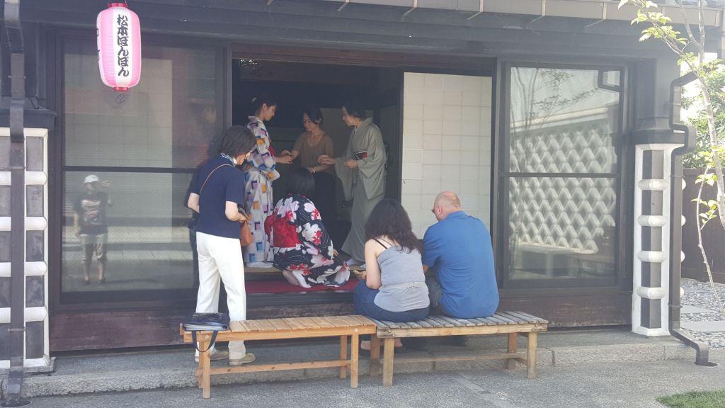 kimono tea ceremony