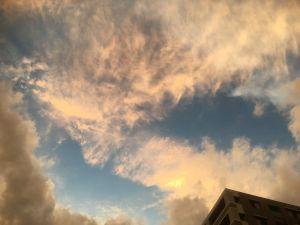 秋のスケッチ松本の空は綺麗だった!