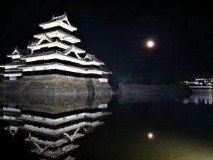 月と城 まつもとHikariのページェント松本城公園&千歳橋でも始まりました!