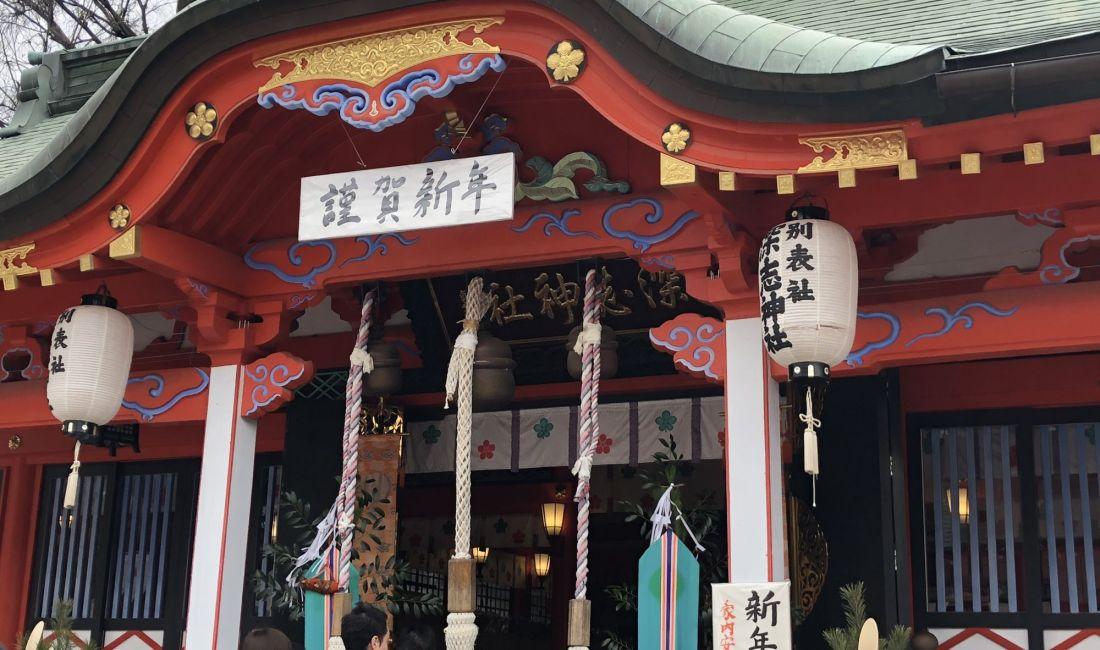 日本的新年风俗之一初詣