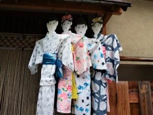 梅雨の松本さんぽ「月遅れの七夕人形」と「ツバメ」