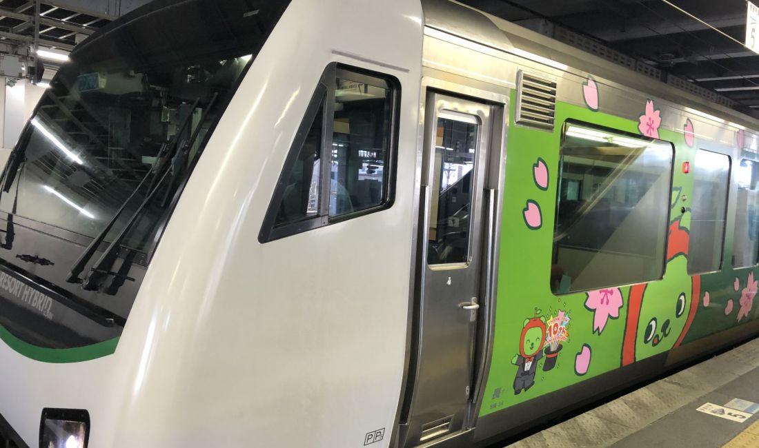 乘JR旅游专线 松本至白马