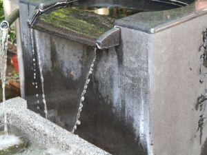 まつもと湧水巡り「東門の井戸」上土通りの今昔
