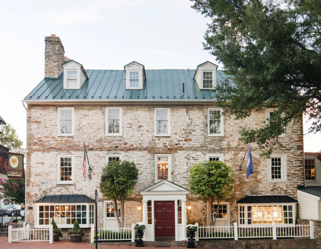 Red Fox Inn & Tavern – Lifestyle