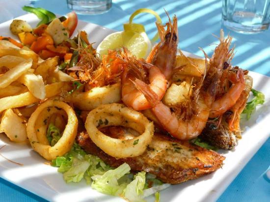 Agadir fishing port Restaurant 7