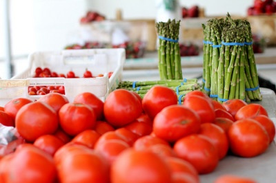 Tomatoes and Asparagus