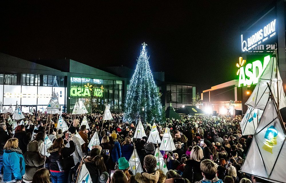 Crowds descend on Northwich for the 2019 Christmas Extravaganza