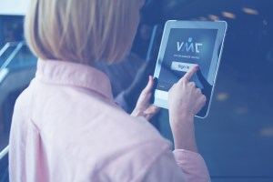 Professional iPad Kiosk