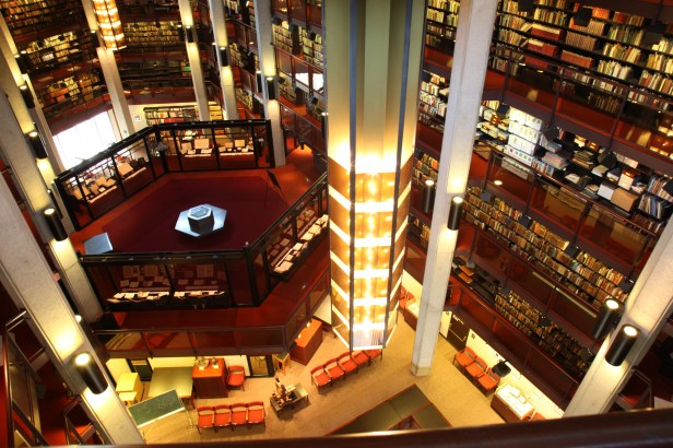 thomas-fisher-library3